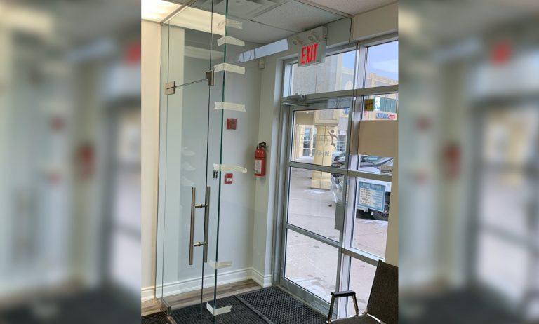 Glass_Entrance_Porch_Enclosures_Oscar_Glass4