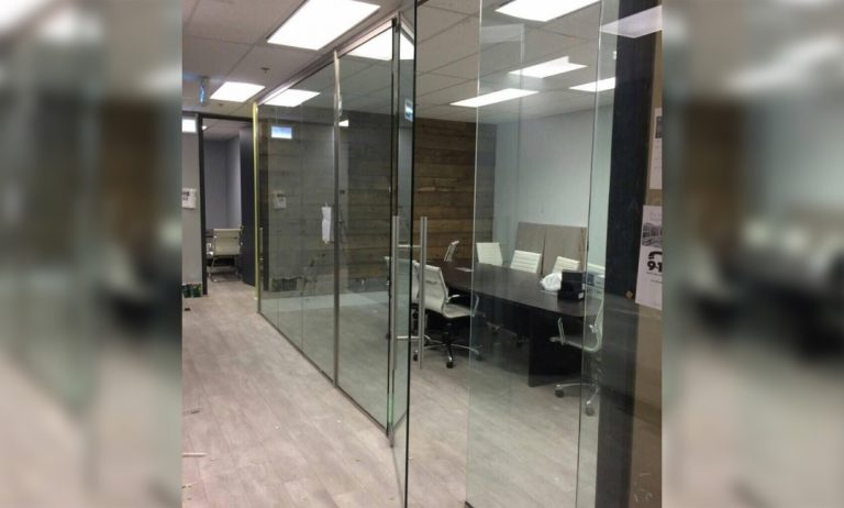 Glass_Office_Partitions_Oscar_Glass2